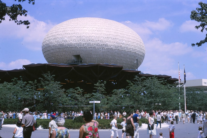 11 1964.08 Worlds Fair IBM Boldg