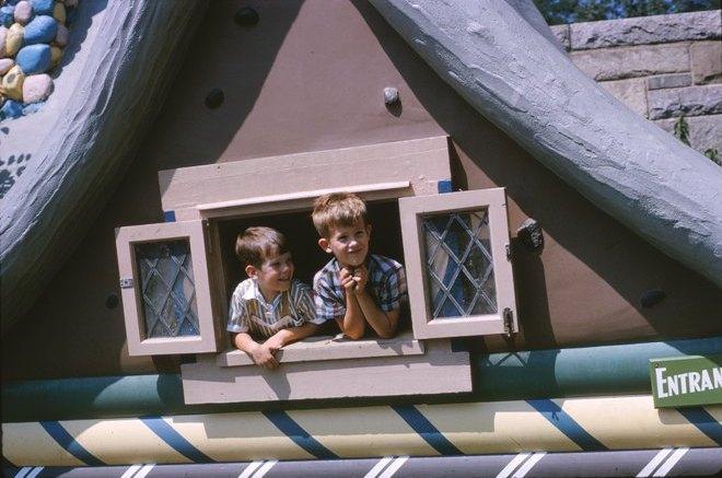 19 1964.08 Todd+Scott C.P.Zoo