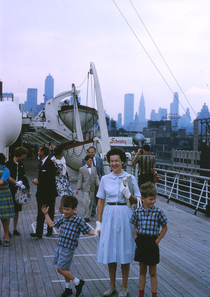 20 1964.08 The Queen Mary